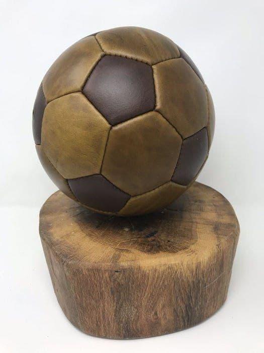 Выкройка футбольного мяча из кожи скачать бесплатно